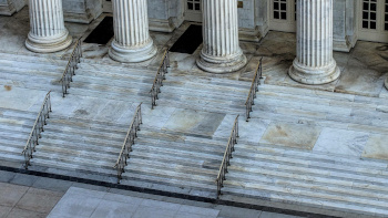 Image of Courthouse Steps